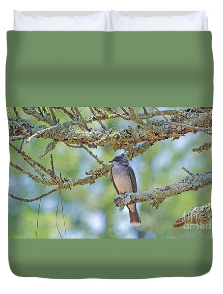 Duvet Cover featuring the photograph Eastern Kingbird by Donna Brown