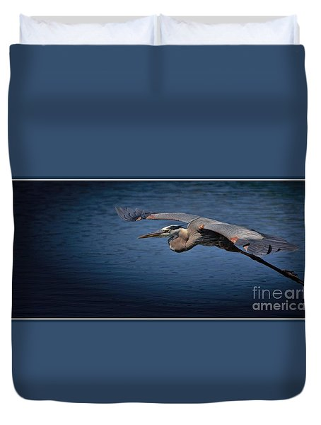 Duvet Cover featuring the photograph Easy Move With Border by Pamela Blizzard