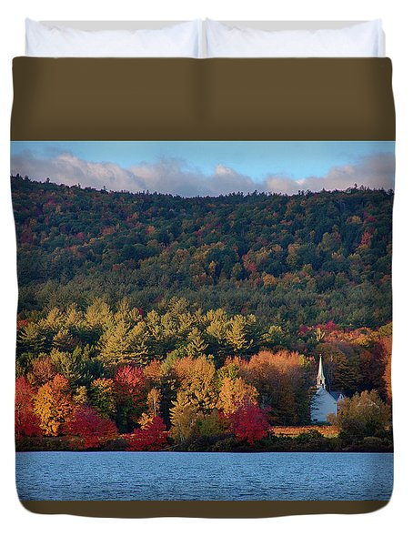 Eaton White Church In Fall Colors Duvet Cover