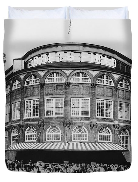 Ebbets Field, Brooklyn, Nyc Duvet Cover by Photo Researchers