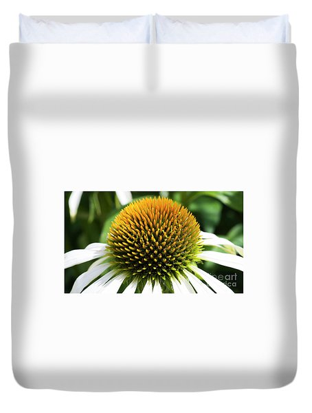 Duvet Cover featuring the photograph Echinacea - Head And Shoulders by Wendy Wilton
