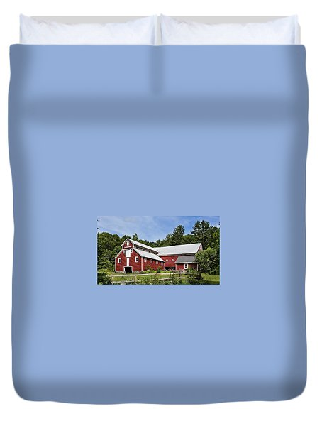 Duvet Cover featuring the photograph Echodale Farm Monitor Style Pole Barn by Betty Denise