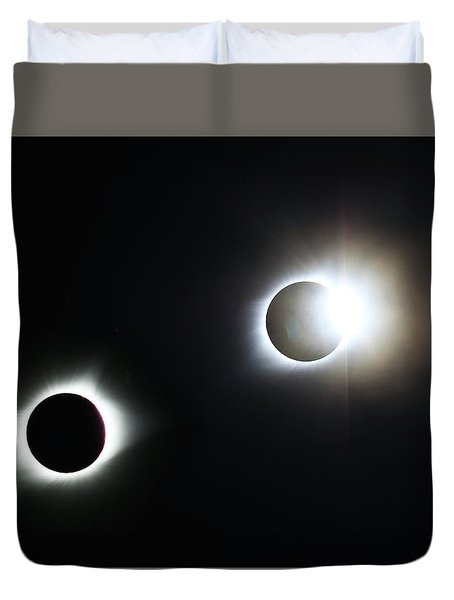 Totality Awesome Duvet Cover