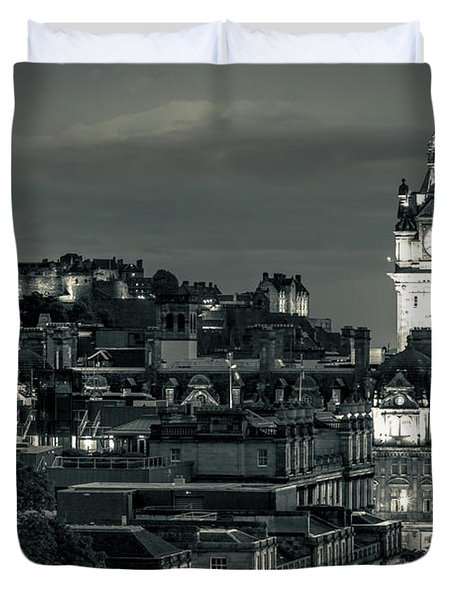 Edinburgh In Black And White Duvet Cover