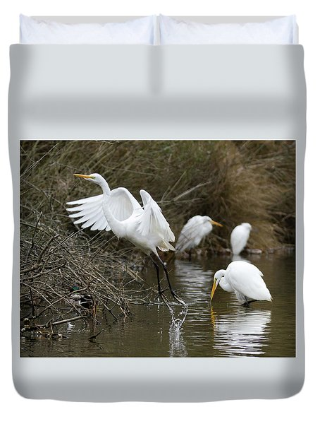 Duvet Cover featuring the photograph Egret Exit by George Randy Bass