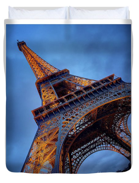 Eiffel Dressed In Gold Duvet Cover by Kim Andelkovic