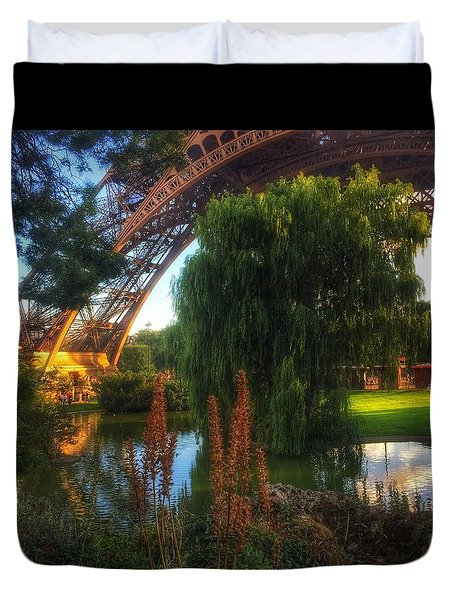 Duvet Cover featuring the photograph Eiffel by Marty Cobcroft