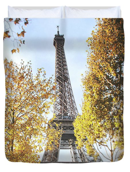 Duvet Cover featuring the photograph Eiffel Tower Amidst The Autumn Foliage by Ivy Ho