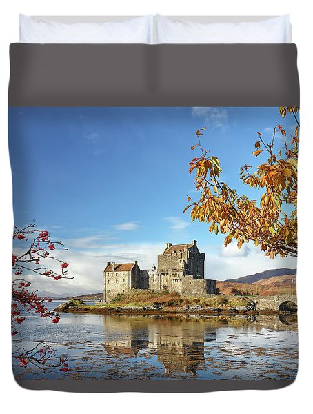 Duvet Cover featuring the photograph Eilean Donan In Autumn by Grant Glendinning