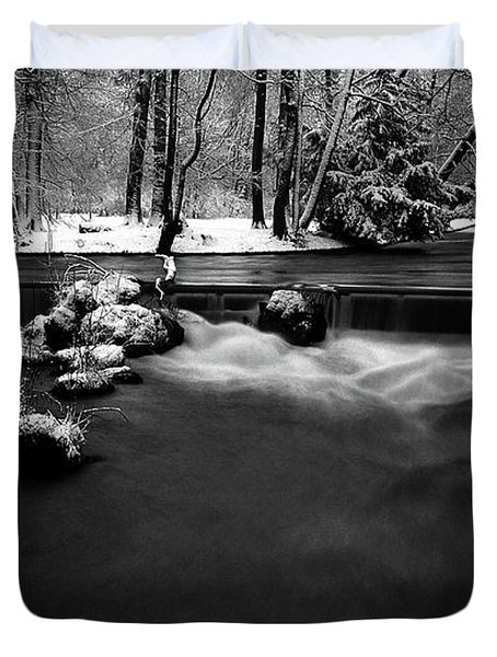 Eisbach In The Winter Duvet Cover by Hannes Cmarits
