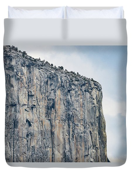 El Capitan Up Close And Personal From Tunnel View Yosemite Np Duvet Cover