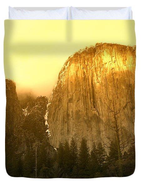 El Capitan Yosemite Valley Duvet Cover