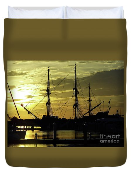 El Galeon Sunrise Duvet Cover by D Hackett