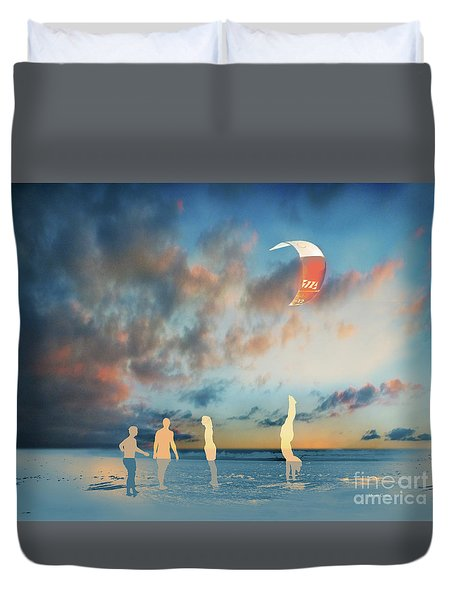 Duvet Cover featuring the photograph El Pino by Alfonso Garcia