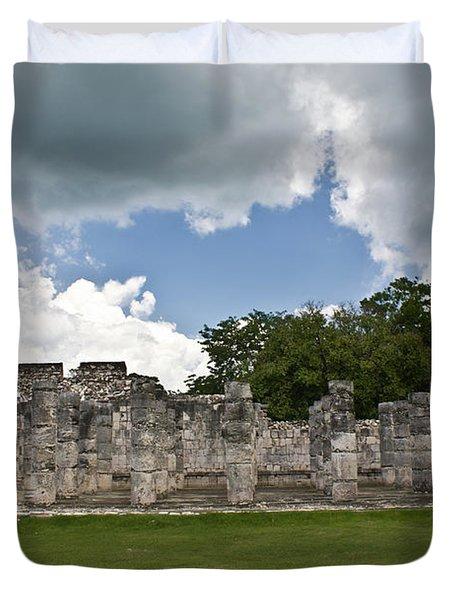 El Templo De Las Columnas  Duvet Cover
