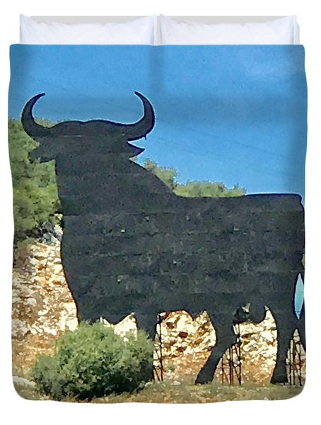 El Toro In The Andalucian Countryside Duvet Cover