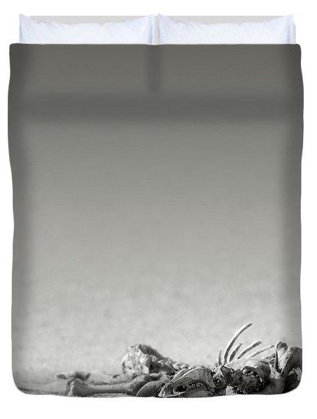 Eland Skeleton In Desert Duvet Cover