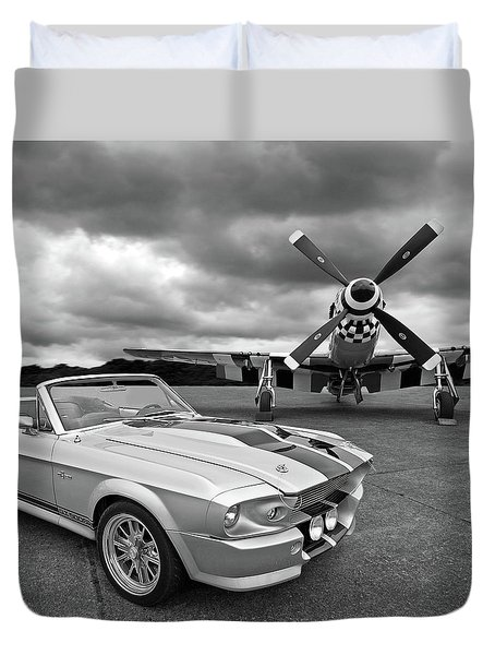 Eleanor Mustang With P51 Black And White Duvet Cover