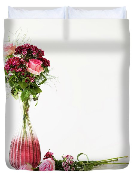 Duvet Cover featuring the photograph Elegance by Wendy Wilton