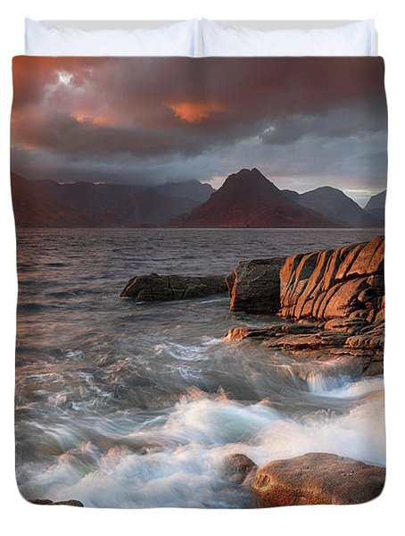 Duvet Cover featuring the photograph Elgol Stormy Sunset by Grant Glendinning