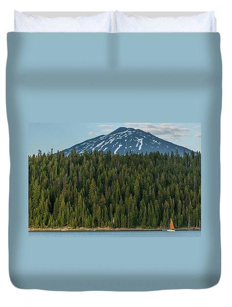 Elk Lake Sailing  Duvet Cover