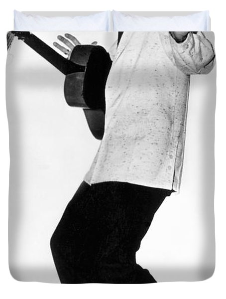 Elvis Presley In 1956 Duvet Cover by Underwood Archives