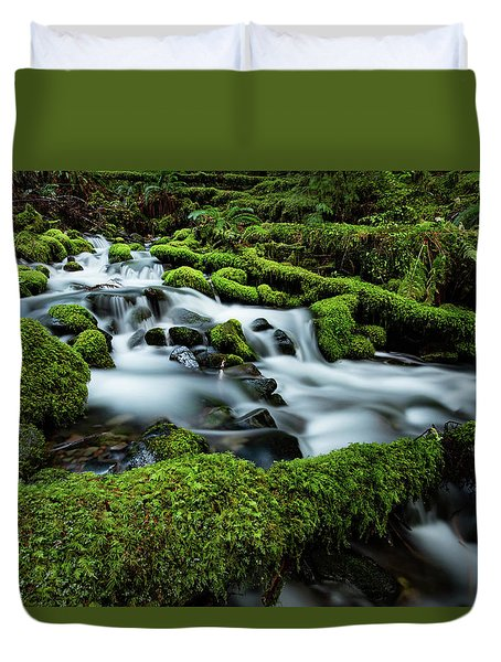Emerald Flow Duvet Cover