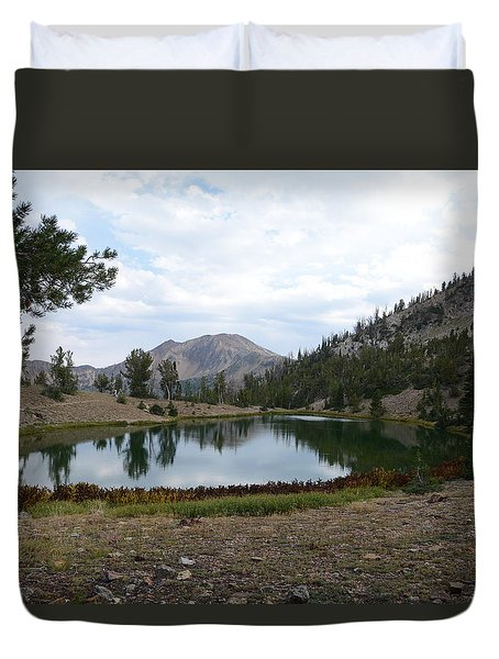 Jarbidge Wilderness Emerald Lake Duvet Cover