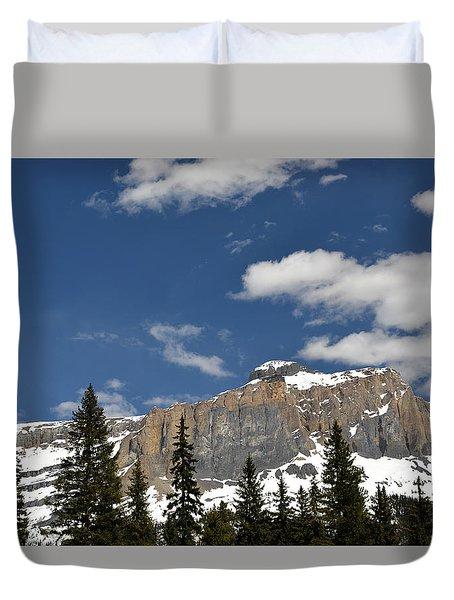 Emerald Lake Mountains Duvet Cover