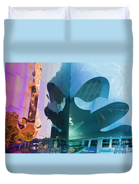 Duvet Cover featuring the photograph Emp Psychadelic by Chris Dutton