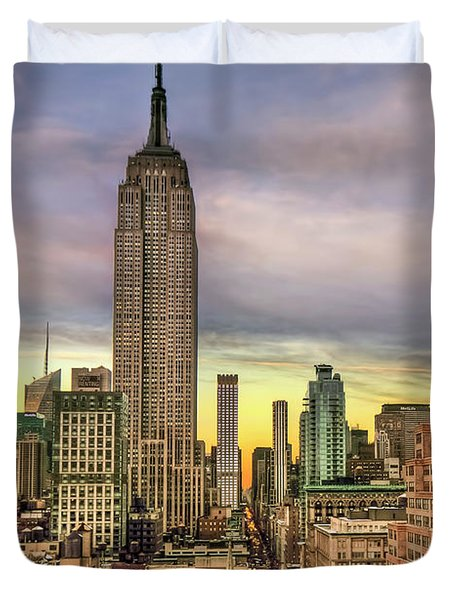 Empire State Of Mind Duvet Cover by Evelina Kremsdorf