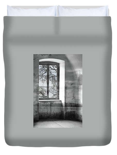 Duvet Cover featuring the photograph Emptiness by Munir Alawi