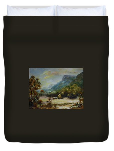 Emu Plains, Grampians Duvet Cover
