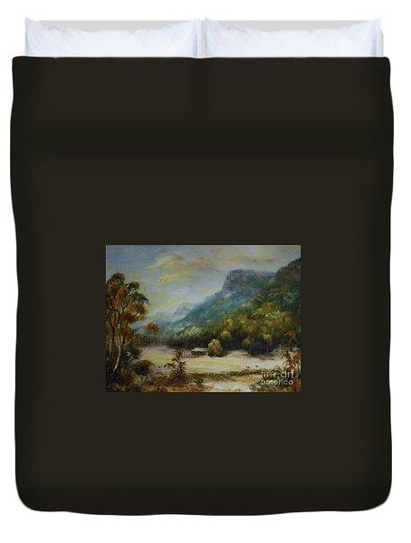 Emu Plains, Grampians Duvet Cover
