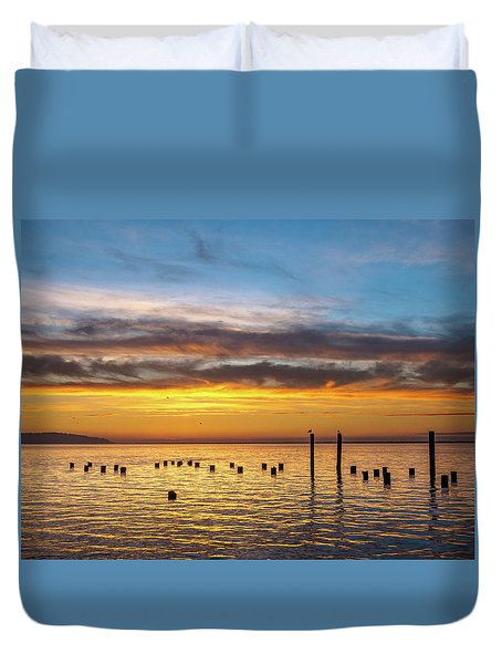 End Of The Day On Humboldt Bay Duvet Cover