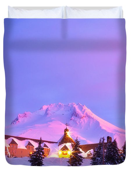End Of The Year Duvet Cover