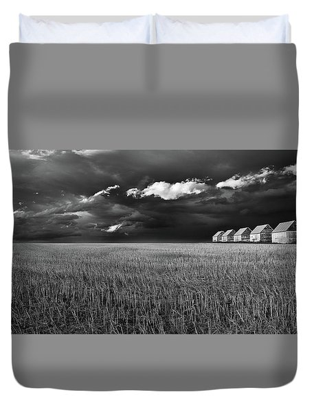Duvet Cover featuring the photograph Endless Sky by John Poon