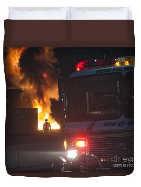 Engine 6 Duvet Cover