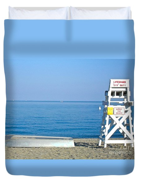 Duvet Cover featuring the photograph Enjoy The Beach by Beth Saffer