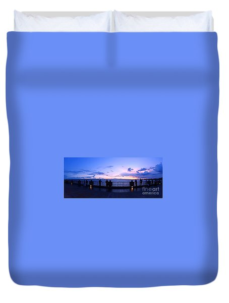 Duvet Cover featuring the photograph Enjoying The Beautiful Evening Sky by Yali Shi
