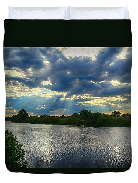 Duvet Cover featuring the photograph Enjoying The Sun Rays by Lynn Hopwood