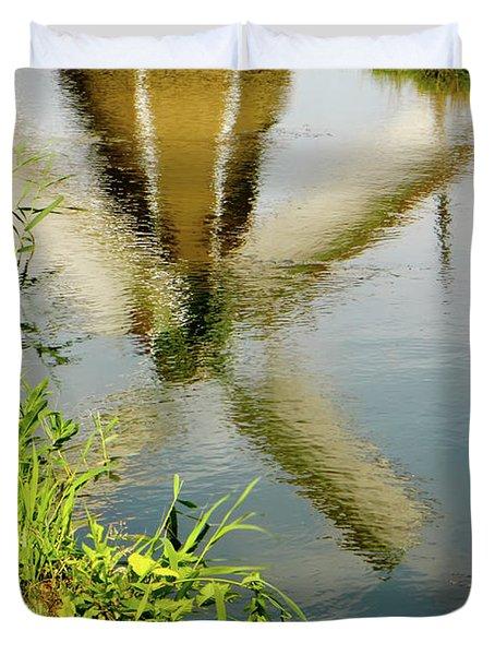 Duvet Cover featuring the photograph Enkhuizen Windmill by KG Thienemann