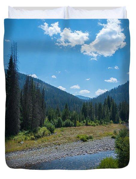 Entering Yellowstone National Park Duvet Cover