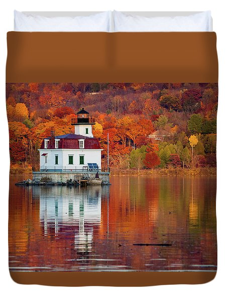 Esopus Lighthouse In Late Fall #2 Duvet Cover by Jeff Severson