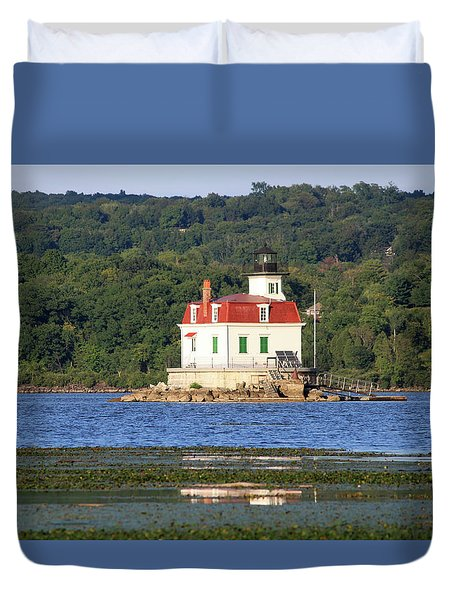 Duvet Cover featuring the photograph Esopus Lighthouse In Summer #4 by Jeff Severson