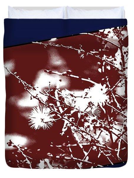 Duvet Cover featuring the photograph Estrella Bloom 6 by Carolina Liechtenstein