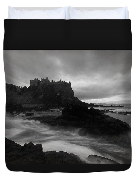 Evening At Dunluce Duvet Cover by Roy  McPeak