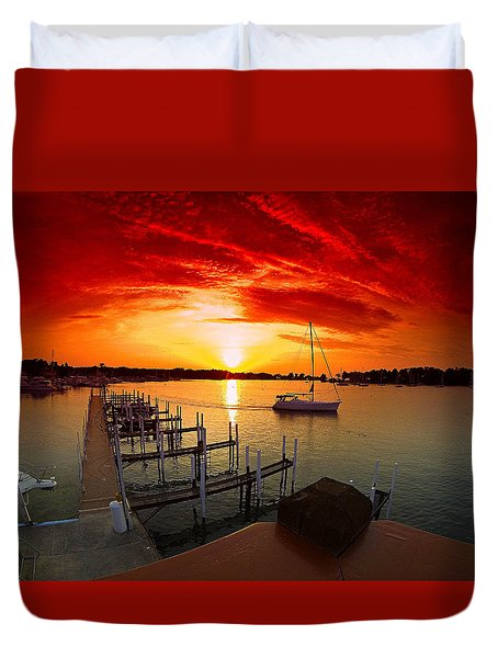 Evening At Put-in-bay Duvet Cover