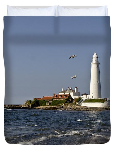 Evening At St. Mary's Lighthouse Duvet Cover