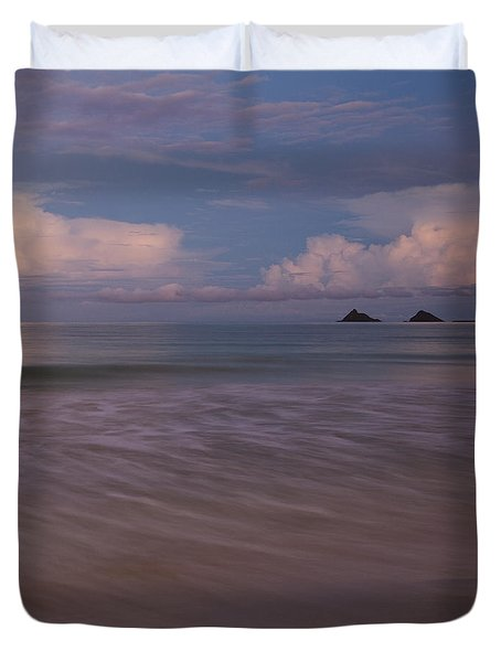 Evening Glow Over Mokulua Islands Duvet Cover